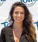 actress-and-entrepreneur-nikki-reed-shows-off-her-radiant-healthy-at-picture-id1019711188.jpg