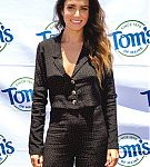 actress-and-entrepreneur-nikki-reed-shows-off-her-radiant-healthy-at-picture-id1019711216.jpg